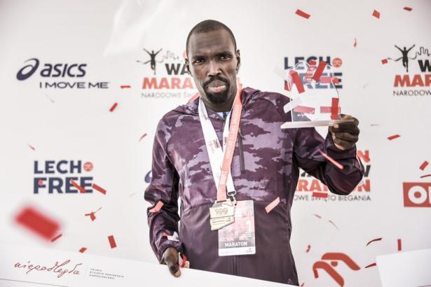 W maratonie triumfował Ezekiel Omullo (KEN)