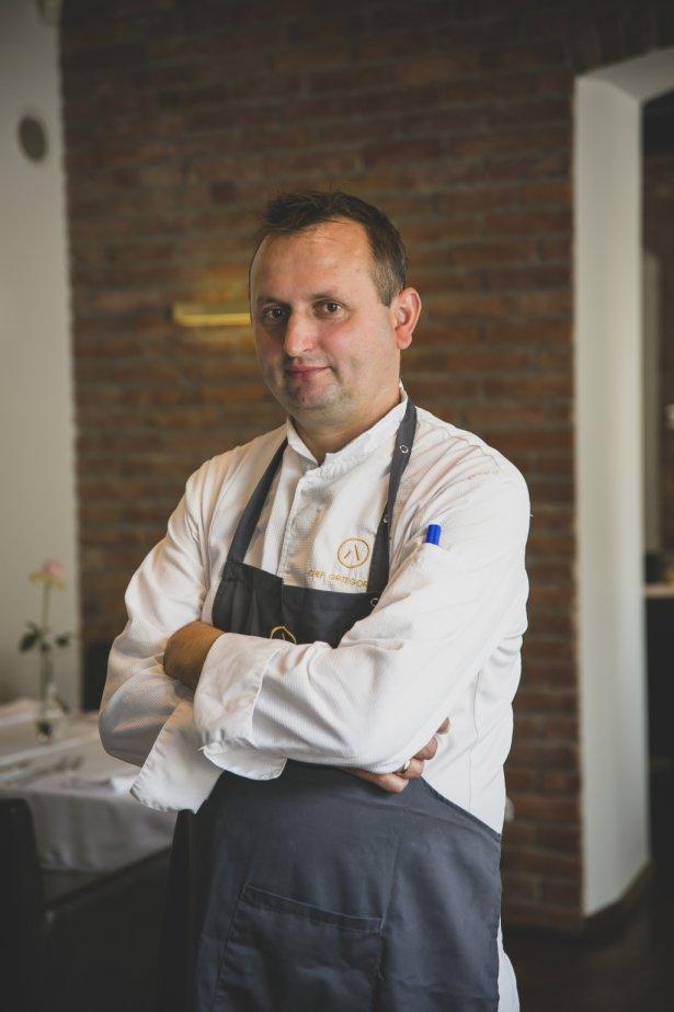 Grzegorz Fic, szef kuchni i w Albertina Restaurant & Wine w Krakowie. Zdjęcie: materiały prasowe.