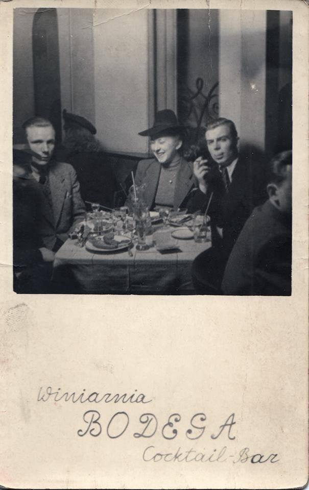 Warszawska Bodega z pasażu Italia około 1940 r. Foto: archiwum Bartosza Paluszkiewicza.