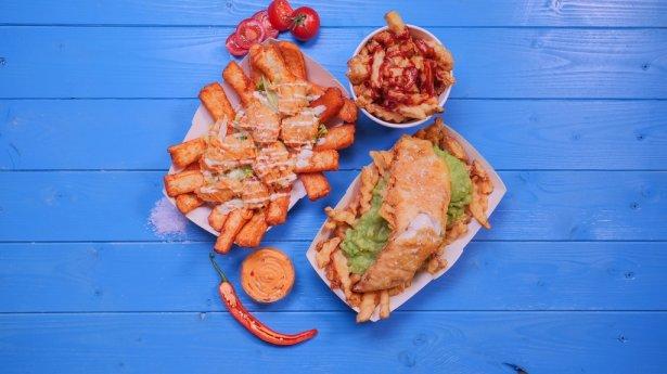 Fryday Fish and Chips: łupacz w cieście z frytkami. Foto: materiały prasowe.