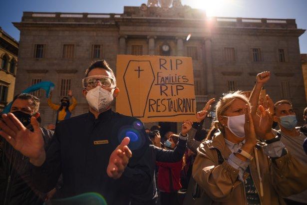 Protest w Barcelonie, 16 października. Zdjęcie: Shutterstock.com.