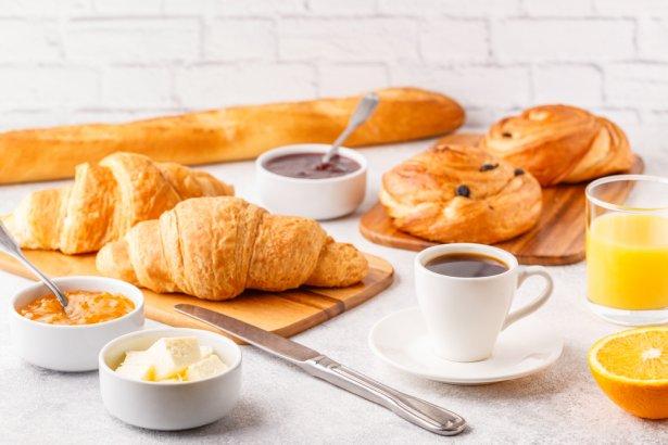 Śniadanie po francusku. Zdjęcie: Shutterstock.com