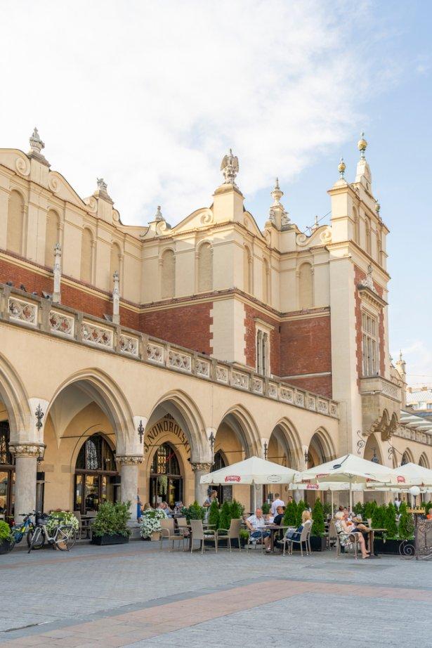 W Krakowie także obowiązują referencyjne opłaty za ogródki. Zdjęcie: Shutterstock.com