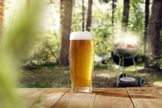 Piwo, najpopularniejszy napój do grilla. Zdjęcie: Shutterstock.com