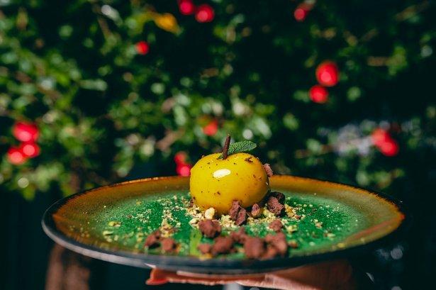 Festiwalowy deser z restauracji Ogrody Wisła w Warszawie. Zdjęcie: materiały prasowe