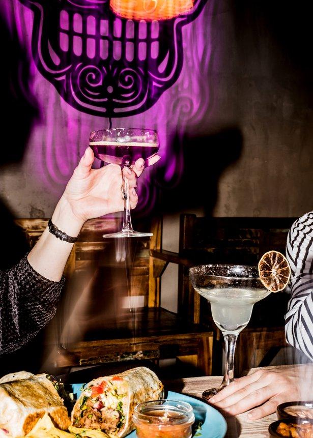 Poco Loco Tequila Bar – imprezowy vibe, ostre światło, świeżość i celebracja. Fot. Anna Cupczyńska dla Jedling Marketing