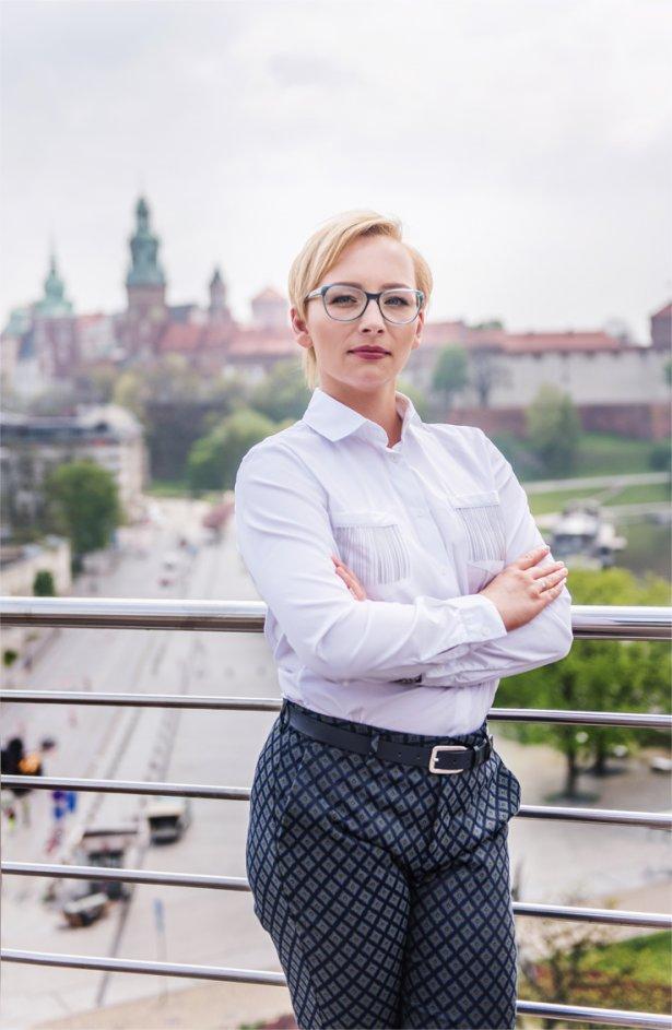 Joanna Ostrowska, zarządzająca rodzinną siecią Osti-hotele w Krakowie. Zdjęcie: materiały prasowe