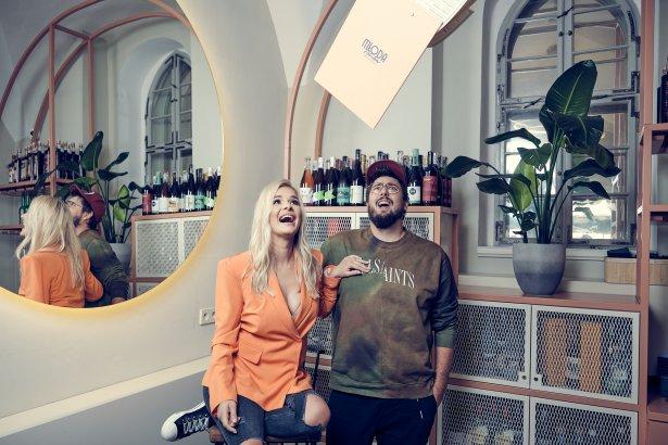 Beata Śniechowska i Tomasz Czechowski, właściciele restauracji Młoda Polska we Wrocławiu. Zdjęcie: Michał Radwański