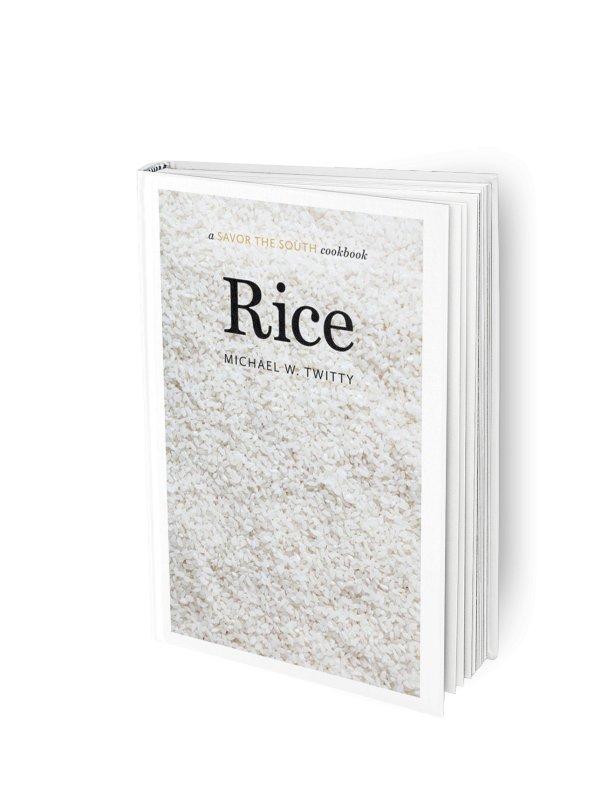"\""Rice: a Savor the South Cookbook"" Michaela Twitty'ego. Fot. materiały prasowe"